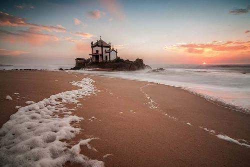 best-beaches-in-europe-praia-de-miramar