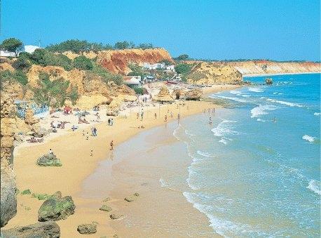praia-dos-olhos-de-agua_43561