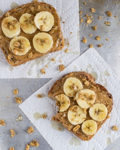 Peanut-Butter-Crunch-Toast-with-Granola-and-Honey1